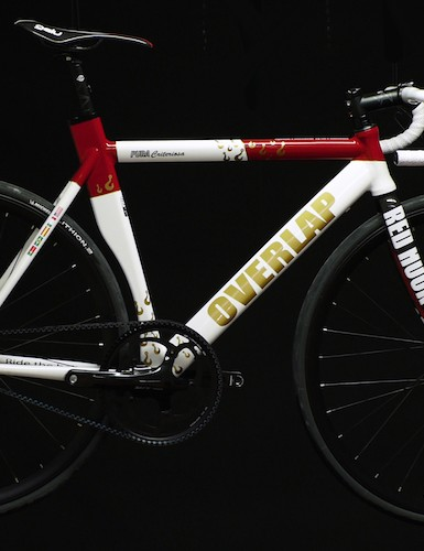 The new Overlap Pura Criteriosa was designed for the Red Hook crit series