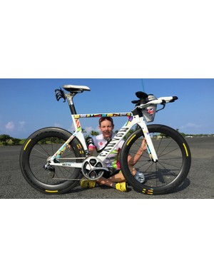 Leanda Cave, 2012 Ironman World Champion, with the Britto-painted Canyon Speedmax CF 9.0