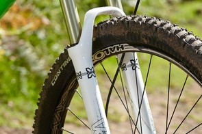 X-Fusion's Velvet fork is a solid 650b performer, but we'd definitely recommend upgrading to the 15mm axle version