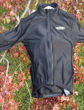 Curve's Proline Super Roubaix JT-1 Thermal Aero Jersey might not look flashy, but it's very warm and comfortable