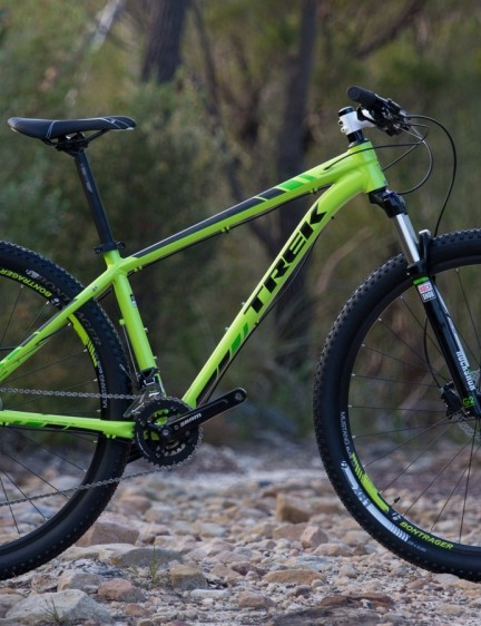 Trek's X-Caliber 8 looks like a serious starter bike for 2015. Especially with its SRAM 2X10 drivetrain, RockShox XC32 fork and Bontrager tubeless-ready rims