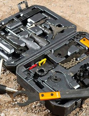 The Superstar Proline tool kit contains 16 sturdy tools