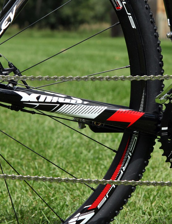 These chainstays might seem relatively small by road bike standards but they yield a reasonably resilient ride to the rear end on bumpy courses
