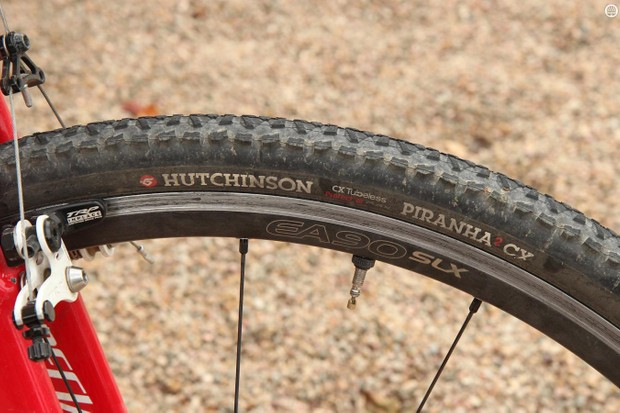Hutchinson's Piranha 2 CX tubeless tire