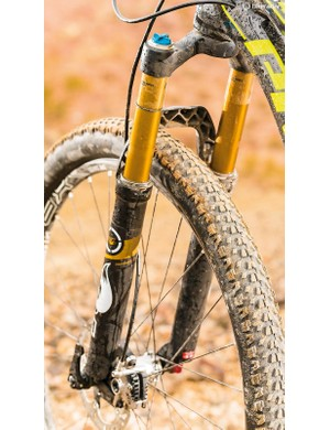 Maxxis Ardent Race rubber won't dampen acceleration, while Fox's 32 is bendy but supple