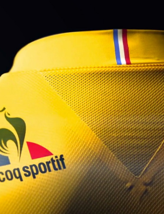 There's a vent underneath the neck on the rear of the jersey along with a flocked Le Coq Sportif logo