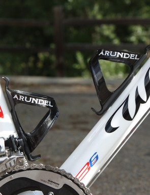 Carbon fibre Dave-O bottle cages from Arundel