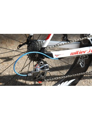 The SRAM Red 22 rear derailleur is paired to a SRAM PG-1170 cassette and KMC X11SL chain