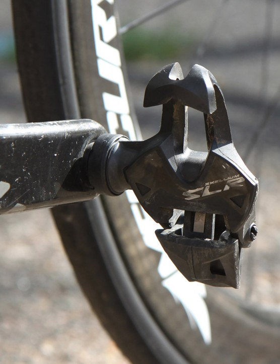 Marcotte puts the power down through a pair of Mavic Zxellium SLR pedals