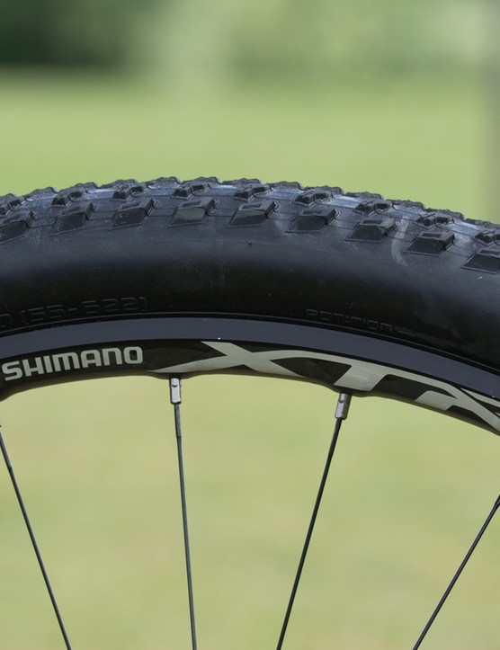 The new carbon-alloy hybrid rim design is similar to the C24 and C35 wheels in the road range