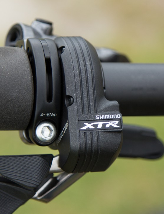 Synchro allows the complete removal of the left-hand shifter if you wish, leaving plenty of space for a handlebar-mounted dropper seatpost or suspension control