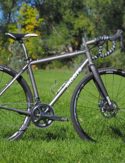 Moots has revamped its workhorse Psychlo-X for this year and recast it as the Routt, complete with a lower, shorter, and slacker geometry that's better suited for exploring dirt roads - but not as good on the cyclocross course