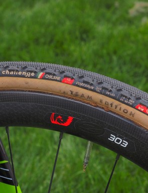 The Cannondale-Cyclocrossworld.com team has switched over from long-time tire-supplier Dugastto to Challenge this season