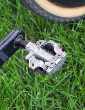 Cannondale-Cyclocrossworld.com team head Stu Thorne says Shimano's inexpensive PD-M540 pedals offer substantially better durability than the top-end XTR model