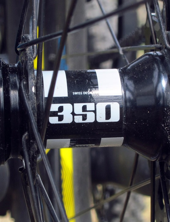 Real DT Swiss 350 hubs are included front and rear for what should be outstanding long-term durability. However, the 20-degree engagement speed is positively glacial