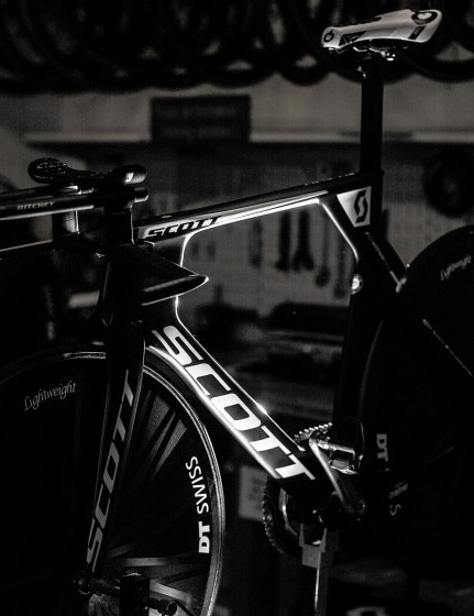 Waiting in the wings: Scott had two of the special Plasma 5 bikes ready for Brändle