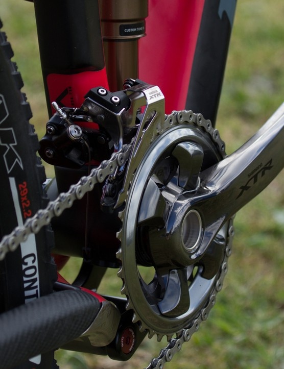 Our sample groupset originally included a standard E-type mount front derailleur and M9020 double ring crankset. We've been using it as a 1x11 setup for a few months though