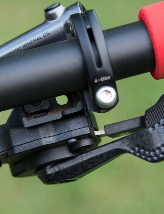 Just as the derailleurs and cassette are the same, the M9000 (Race) and M9020 (Trail) groups share the same shifters