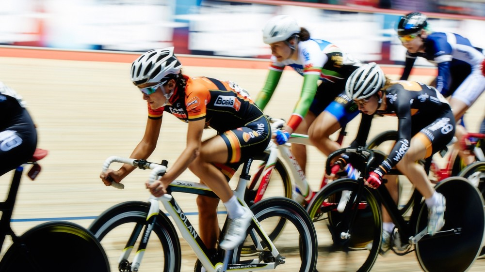 Armitstead and Storey will go head-to-head in Glasgow in January