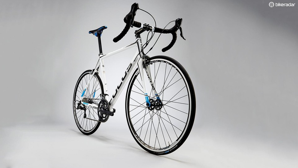 e2f24692ee3 Focus Culebro 4.0 Robert Smith. The Culebro's steepish head angle and  elongated top tube make for a snappy experience
