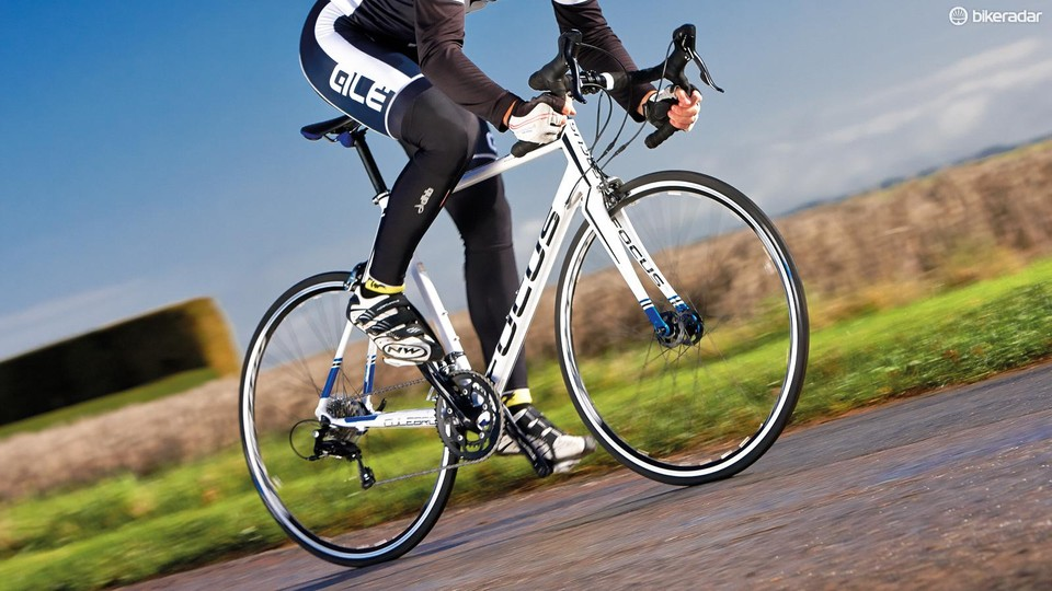 e8c8cdc796f The Culebro's racy DNA makes it a strong sprinter and climber