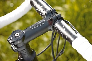 Giant's own-brand kit is typical of a bike in this price bracket