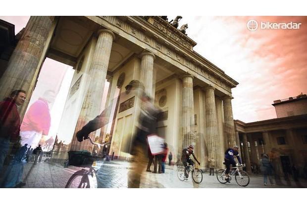 We start the ride at the Brandenburg Gate