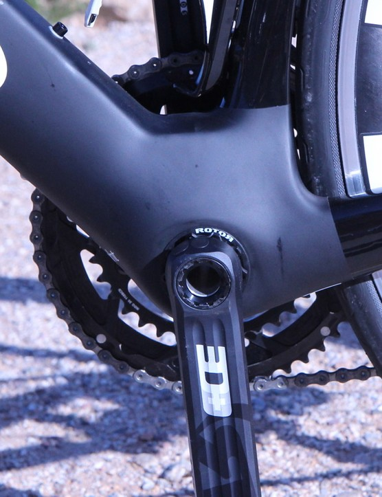 A massive bottom bracket area delivers aero benefits and torsional stiffness