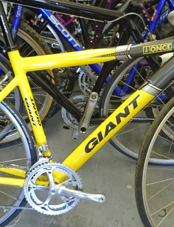 The sloping top tube genius of the Giant TCR used by the Once Team
