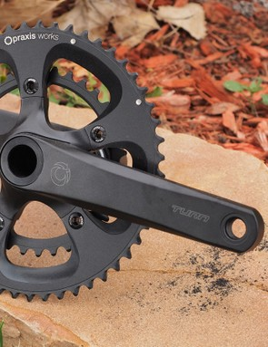 The Turn Zayante road crankset is lightweight and compatible with a wide range of bottom bracket types. The 30mm diameter spindle and big, hollow-forged aluminum arms promise great stiffness too