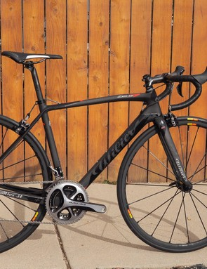 Wilier Triestina recently redesigned its Zero.7 climbing machine with a sleek new shape, a stiffer chassis and convertible internal cable routing