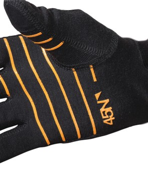 45NRTH sews a Merino wool liner directly into the Sturmfist 5 gloves but it's removable in the warmer Sturmfist 4 model. The touchscreen-compatible liners are also available separately