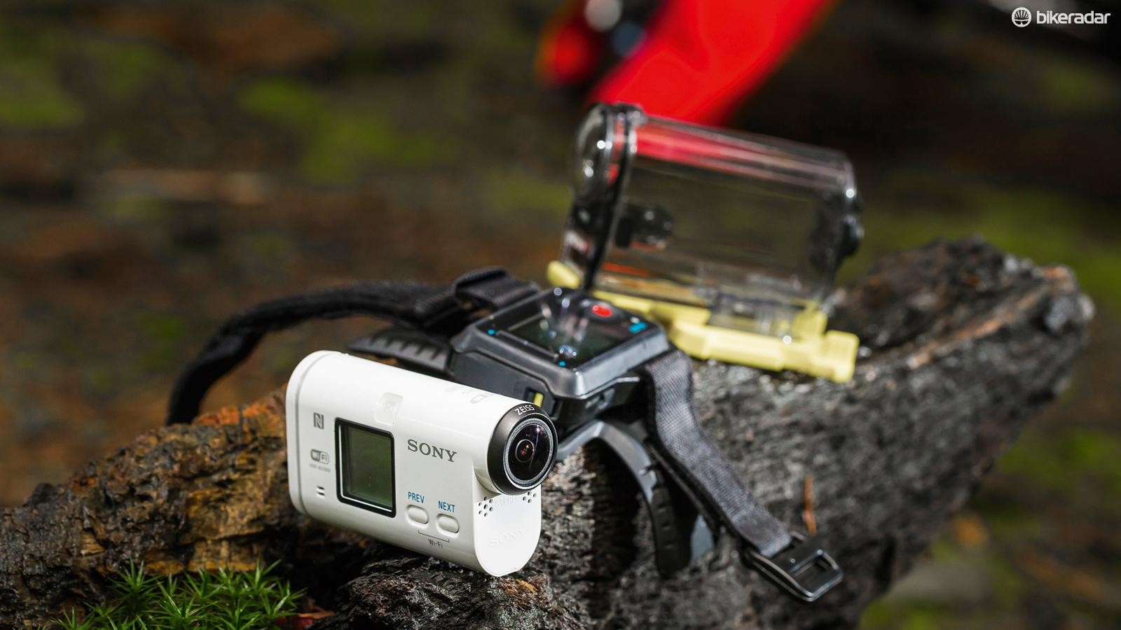 Sony HDR-AS100V action camera with live remote