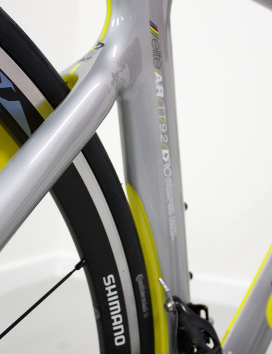 Boardman uses traditional teardrop shaped tubing to achieve aero gains