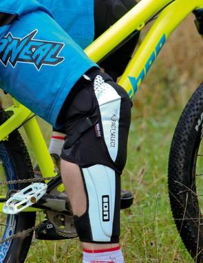 Ion K-Pact Select knee/shin pads