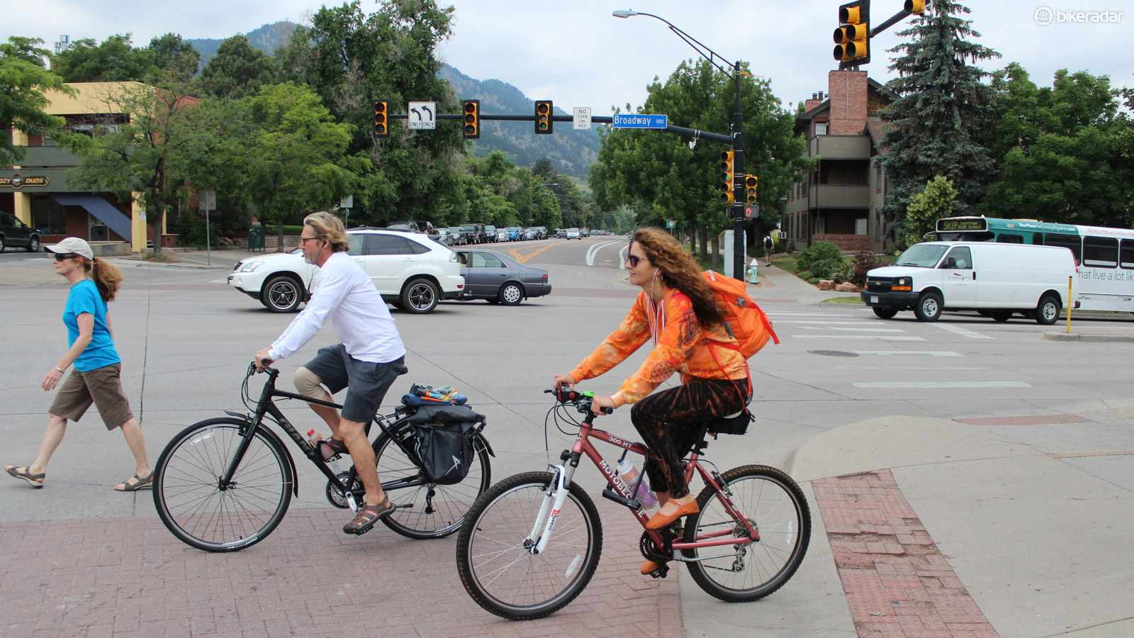 The more often motorists see cyclists, the safer those cyclists are