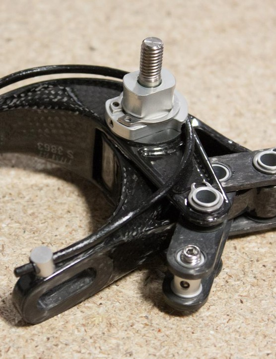The rear of the brake shows the single carbon spring