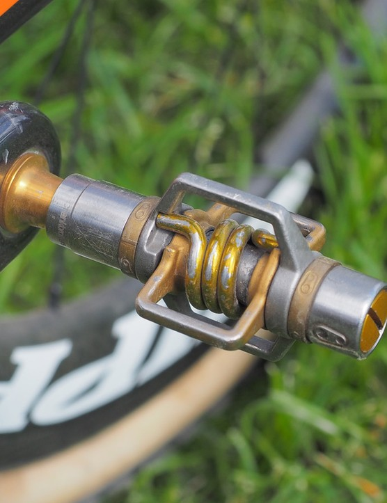 Crankbrothers Eggbeater pedals continue to be a favorite of 'cross racers, as they're virtually impossible to clog