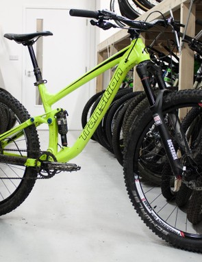 Blurring the middle ground between slopestyle and all-mountain - the Transition Scout 1