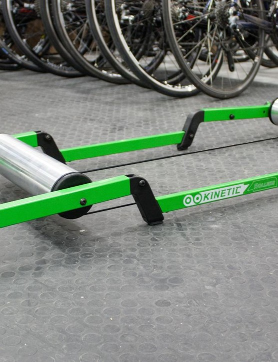 Kinetic's Z-Rollers are a simple, robust feeling design
