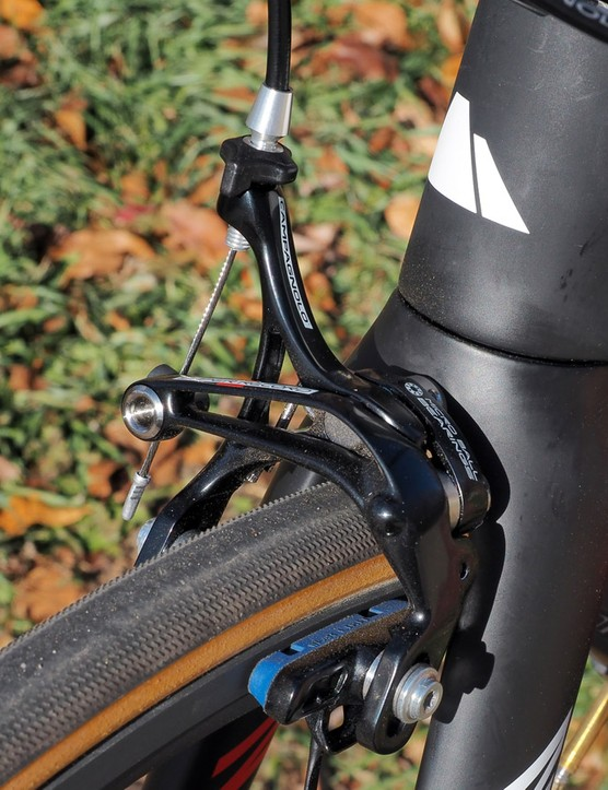 One of the only areas of disappointment on the new groupset is the brakes, which are unchanged from last year and notably lacking in performance relative to the competition