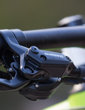 Shimano's M395 brakes may be basic, but they're perfectly reliable when needed