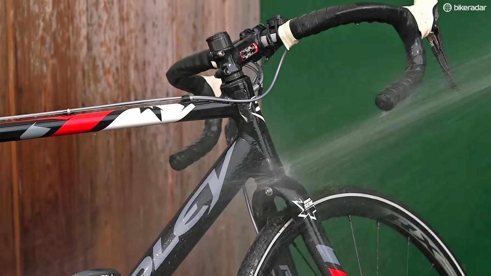 How to jet-wash a bike