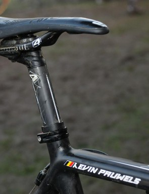 A lot of riders prefer metal railed saddles for durability, but Pauwels relies on 4ZA's Cirrus Pro with carbon rails