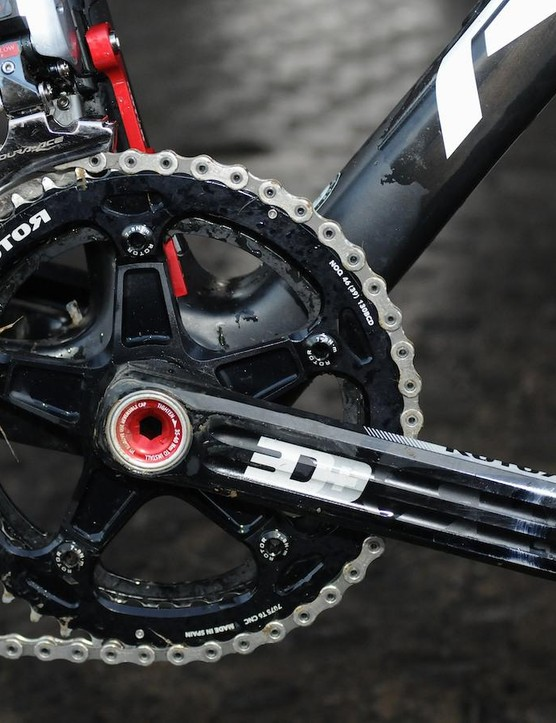 Sunweb-Napoleon Games use Rotor's 3D+ crank. Pauwels uses a 172.5mm crank length with 46/39 tooth noQ round rings
