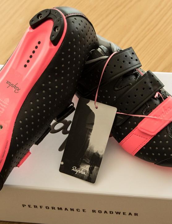 The Rapha Climber's shoes borrow plenty of technology from the Giro Prolight SLX II