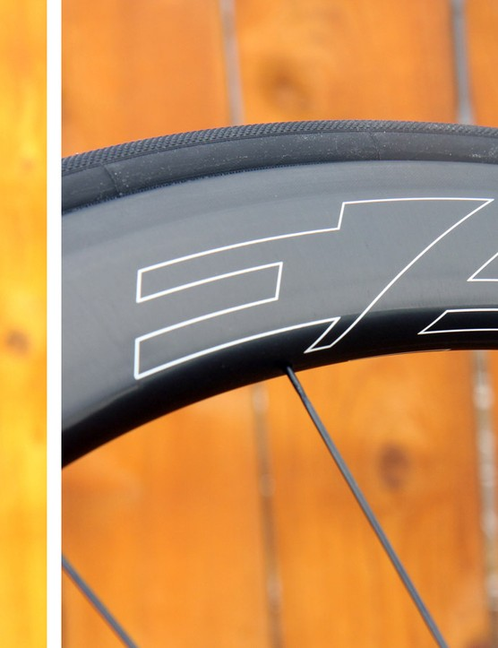 The new Fantom rim shape is mega-fat, measuring 28mm at the brake track and 30mm across further down on the rim. The width helps with aerodynamics but brake compatibility could be an issue