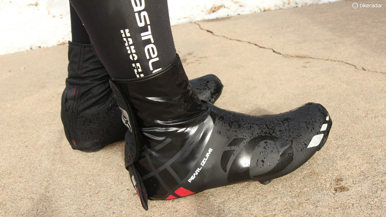 The WxB Barrier is waterproof and stretchy, with a thin fleece liner