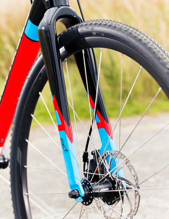 Fat rubber delivers good cushioning and grip across a wide range of surfaces