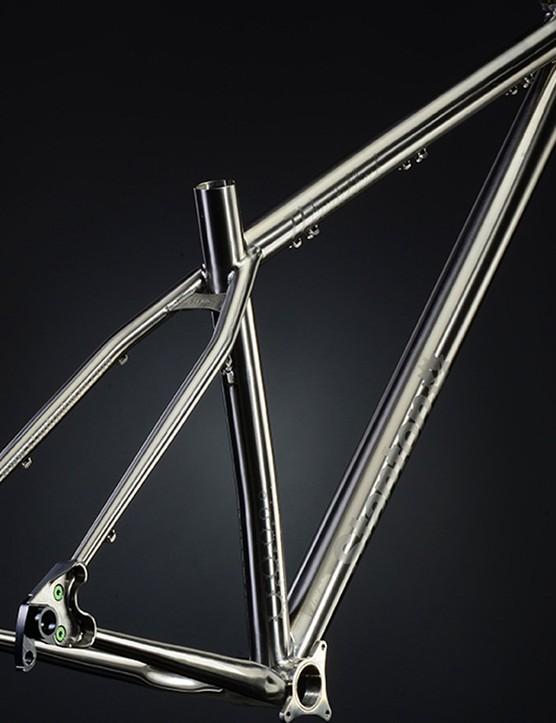 The Switchback Ti has a claimed weight of just (3.5lbs) 1.59kg for a 16.5in frame